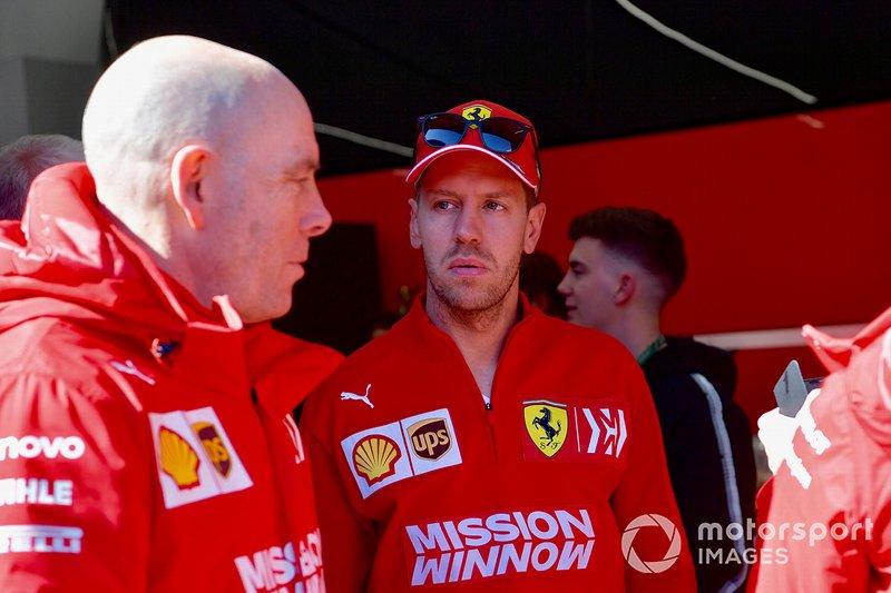 Jock Clear, Chief Engineer Ferrari e Sebastian Vettel, Ferrari