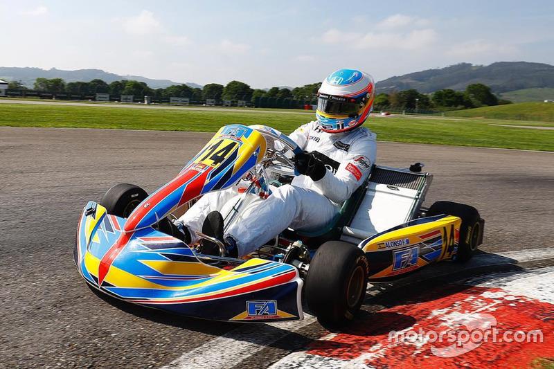 Circuito Karts Fernando Alonso : Circuito y museo fernando alonso karting campus at