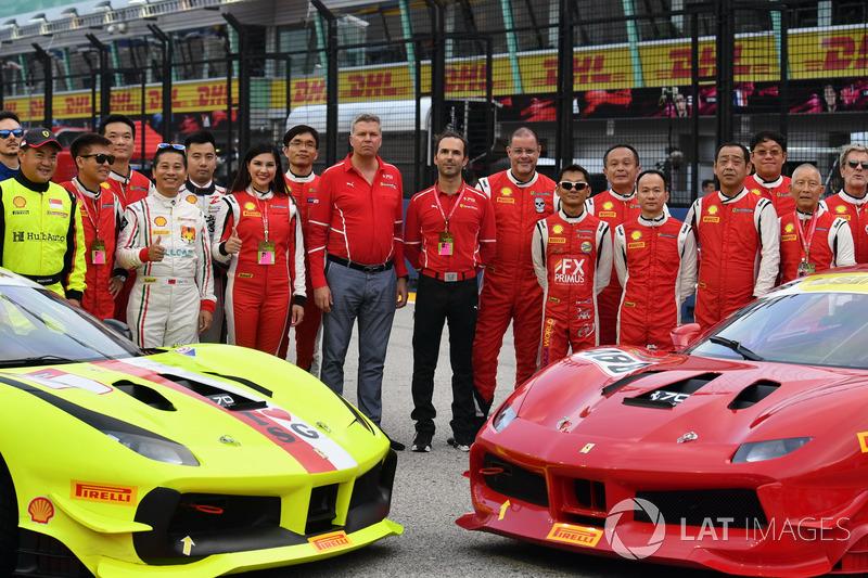Kimi Raikkonen, Ferrari, Sebastian Vettel, Ferrari und Maurizio Arrivabene, Ferrari Teamchef, Fahrer