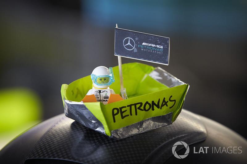 Un bateau Mercedes AMG F1