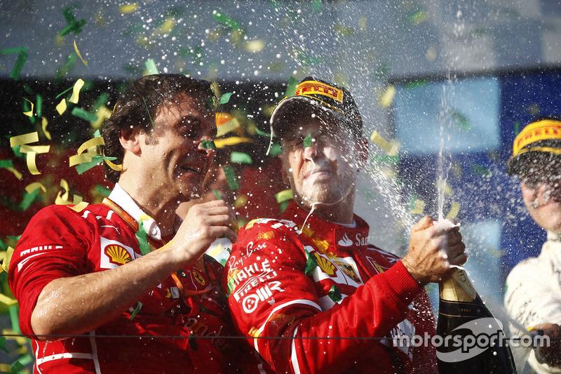 Sebastian Vettel, Ferrari; Luigi Fraboni, Ferrari