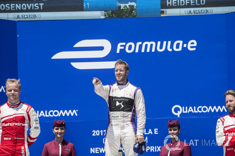 Podio: ganador Sam Bird, DS Virgin Racing, segundo lugar Felix Rosenqvist, Mahindra Racing,y tercer