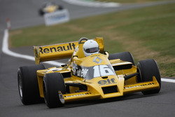 Рене Арну, Renault Sport F1 Team RS01