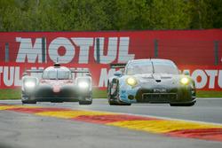 #77 Dempsey Proton Competition Porsche 911 RSR: Christian Ried, Matteo Cairoli, Marvin Dienst, #9 Toyota Gazoo Racing Toyota TS050 Hybrid: Stéphane Sarrazin, Yuji Kunimoto, Nicolas Lapierre
