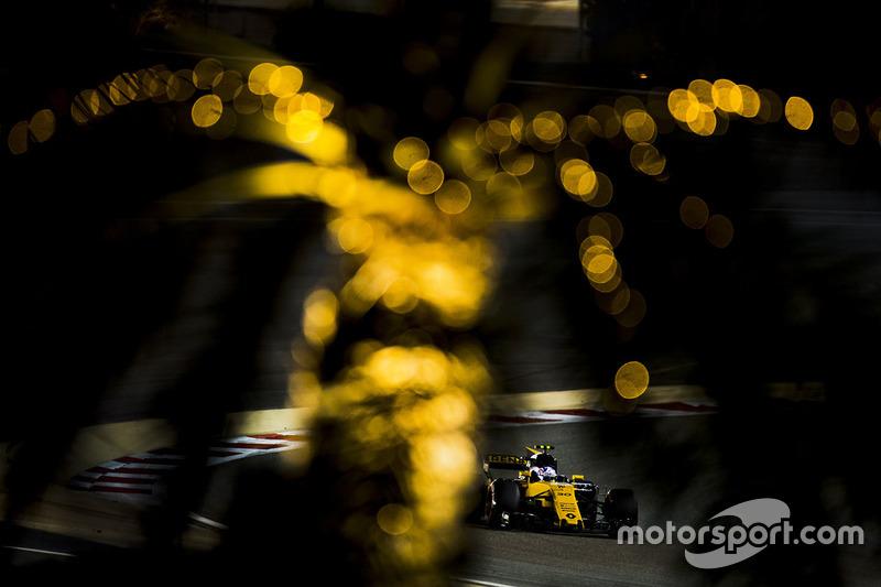 13e : Jolyon Palmer (Renault)