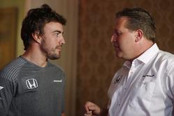 Zak Brown Director Ejecutivo de McLaren Technology Group, anuncia un acuerdo con Fernando Alonso para la carrera en 2017 de las 500 millas de Indianápolis en un coche de Andretti Autosport McLaren Honda