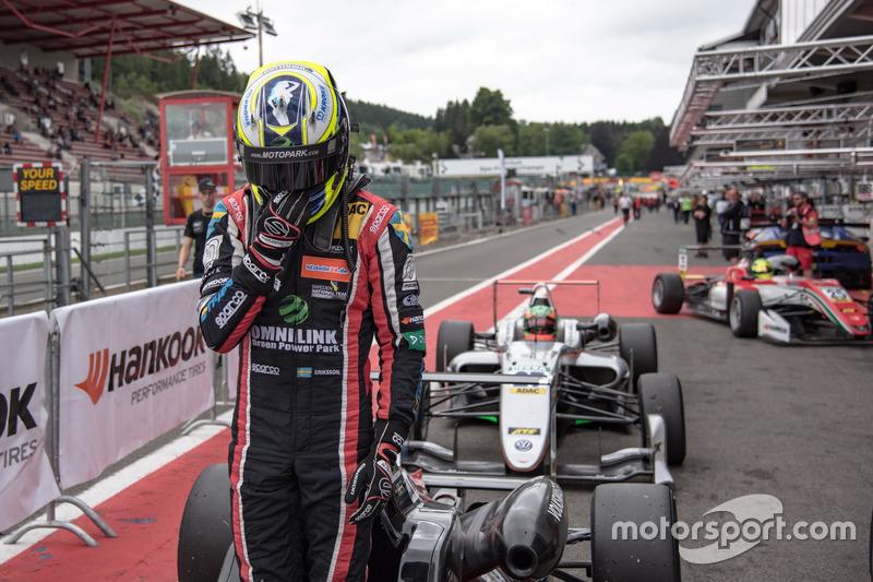 Segundo lugar Joel Eriksson, Motopark Dallara F317 - Volkswagen