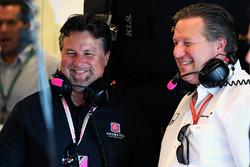 Майкл Андретті, виконавчий директор McLaren Зак Браун
