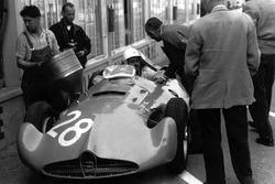 Maurice Trintignant, Bugatti Type 251