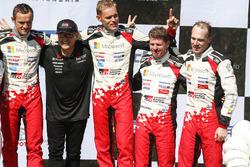 Podio: ganadores Ott Tanak, Martin Järveoja, Toyota Yaris WRC, Toyota Gazoo Racing, tercer lugar Jari-Matti Latvala, Miikka Anttila, Toyota Yaris WRC, Toyota Gazoo Racing