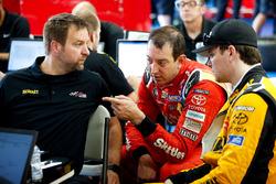 Kyle Busch, Joe Gibbs Racing Toyota Camry, Erik Jones, Joe Gibbs Racing Toyota Camry