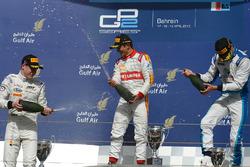 Podyum: 1. Rio Haryanto, Campos Racing, 2. Stoffel Vandoorne, ART Grand Prix, 3. Nathanael Berthon, Lazarus