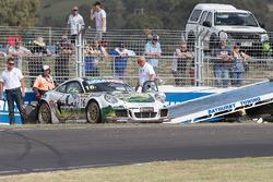 #16 PROsport Performance Porsche Cayman Pro 4: Adam Christodoulou, Jörg Viebahn, Fabian Hamprecht, Nico Verdonck in trouble
