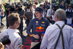 Race winner Max Verstappen, Red Bull Racing celebrates with Christian Horner, Red Bull Racing Team Principal and Dr Helmut Marko, Red Bull Motorsport Consultant