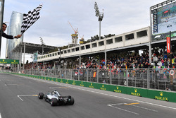 Yarış galibi Lewis Hamilton, Mercedes-AMG F1 W09 EQ Power+