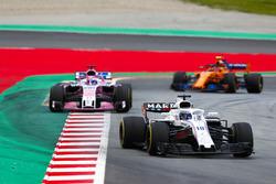 Lance Stroll, Williams FW41, Sergio Perez, Force India VJM11, Stoffel Vandoorne, McLaren MCL33
