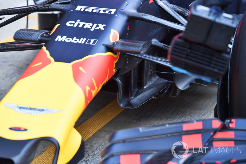 Red Bull Racing RB14 aero detay