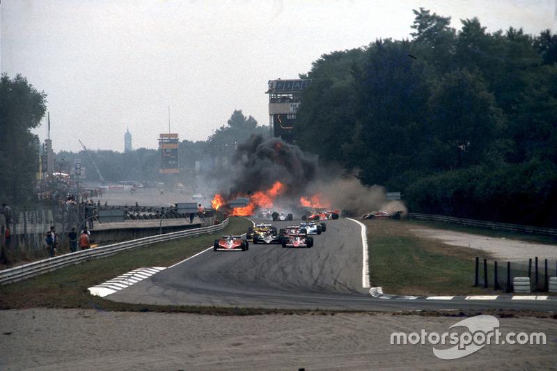 В Монце погибло 52 гонщика. Среди них Альберто Аскари, Вольфганг фон Трипс, Йохен Риндт, Ронни Петтерсон