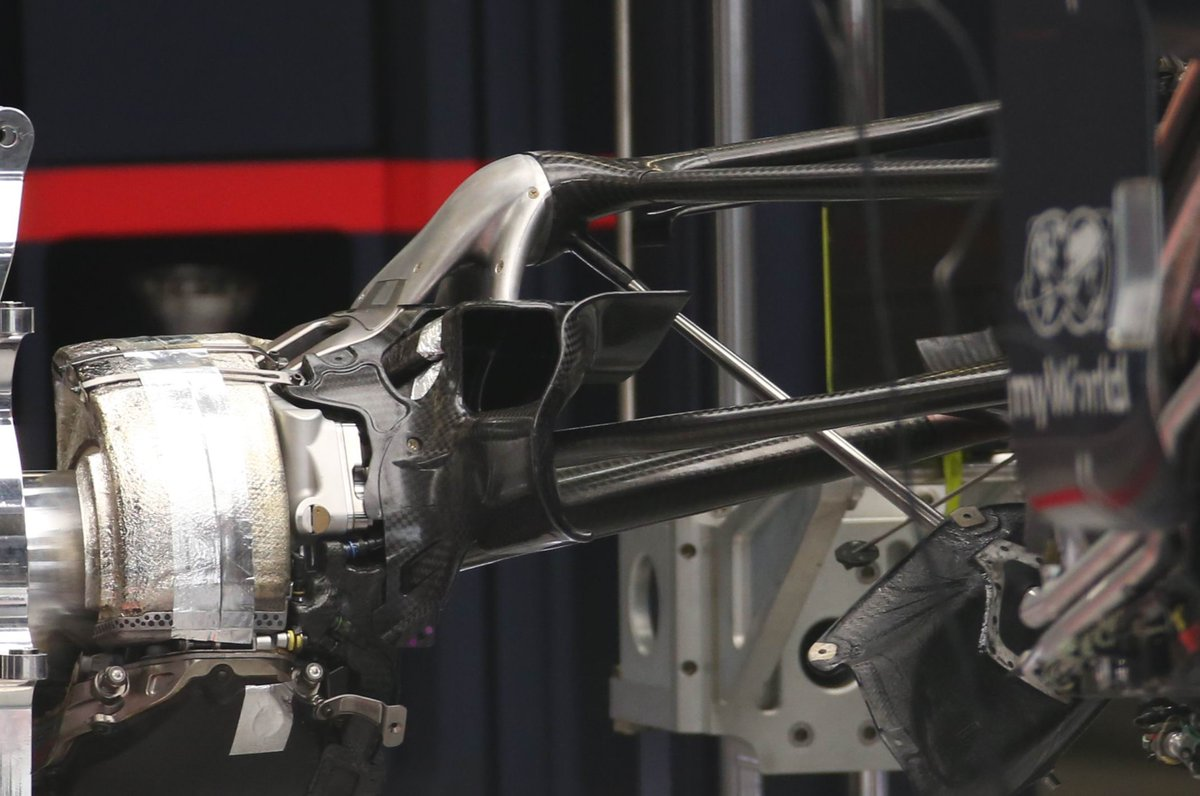 Red Bull Racing RB16 suspension