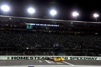 Joey Logano, Team Penske, Ford Fusion Shell Pennzoil celebrates his Championship