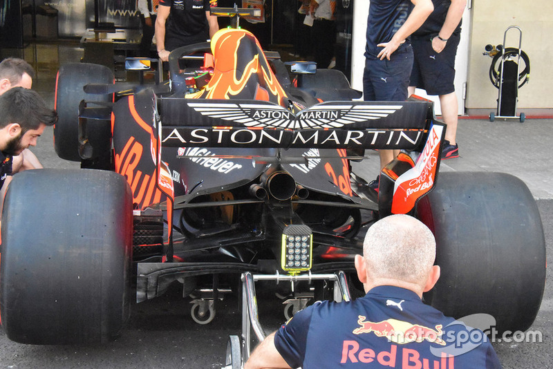 Arrière de la Red Bull Racing RB14