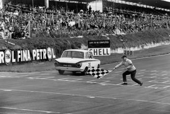 1. Jim Clark, Lotus Cortina