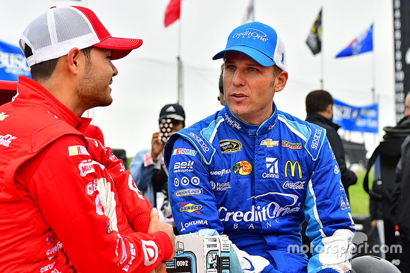 Jamie McMurray, Chip Ganassi Racing, Chevrolet; Kyle Larson, Chip Ganassi Racing, Chevrolet