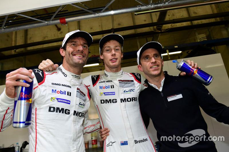 رقم 1 فريق بورشه 919 الهجينة: تيمو بيرنهارد، مارك ويبر، برندون هارتلي