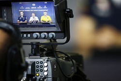 Paul Monaghan, Chief Engineer, Red Bull Racing, Paddy Lowe, Williams Formula 1 and Nick Chester, Technical Director, Renault Sport F1 Team, are filmed