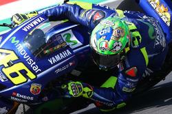 Valentino Rossi, Yamaha Factory Racing, mit neuem Helm