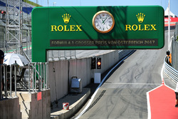 Boxenausfahrt am Red-Bull-Ring in Spielberg