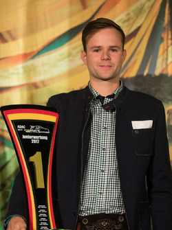 Sieger Juniorwertung, #77 Callaway Competition, Corvette C7 GT3-R: Jules Gounon