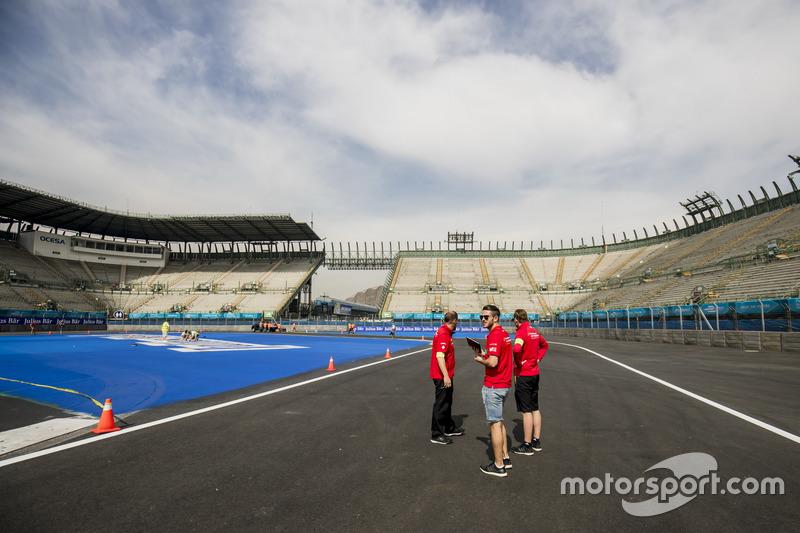 Daniel Abt, ABT Schaeffler Audi Sport during track walk