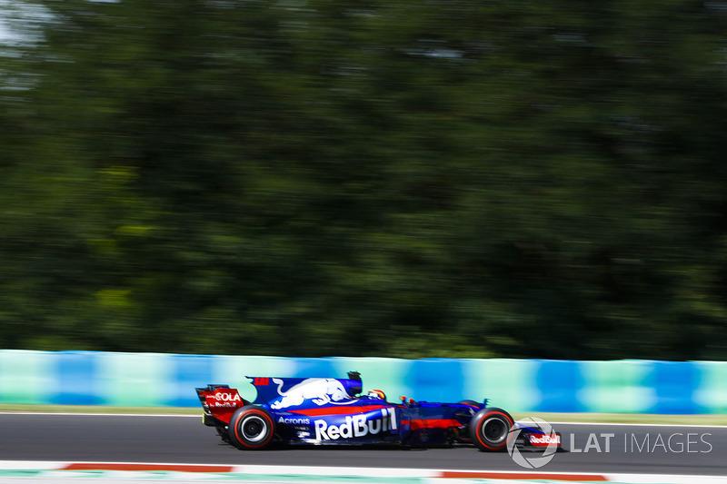 Карлос Сайнс, Scuderia Toro Rosso STR12