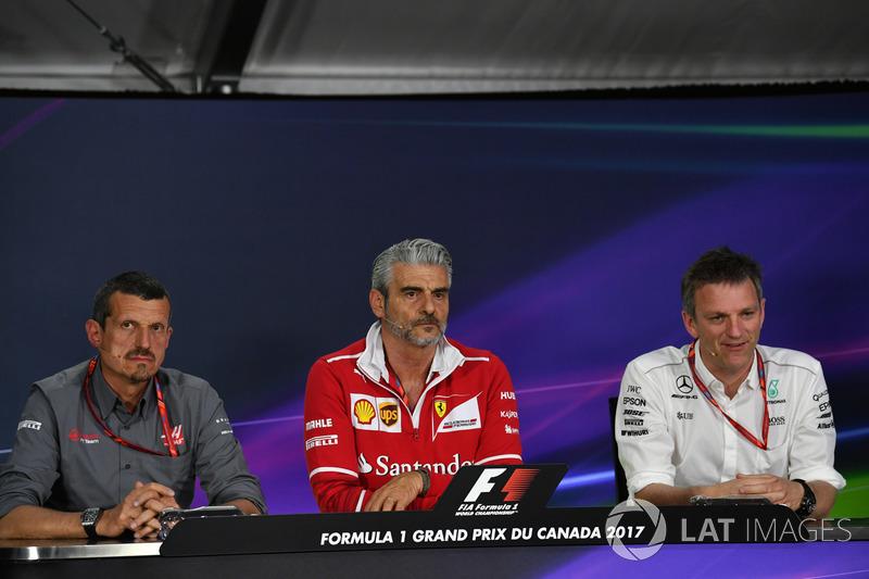 Руководитель Haas F1 Team Гюнтер Штайнер, руководитель Ferrari Маурицио Арривабене, и технический ди