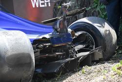 Pascal Wehrlein, Sauber C36 damage