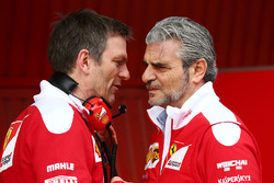 James Allison, Ferrari Chassis Technical Director con Maurizio Arrivabene, Ferrari Team Principal