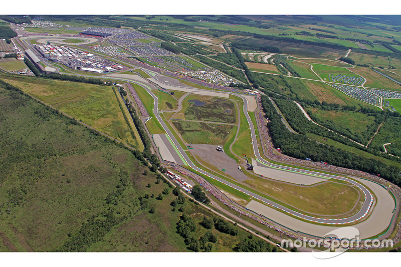 # 7: TT Circuit Assen (Holanda) - 176.527 km / h