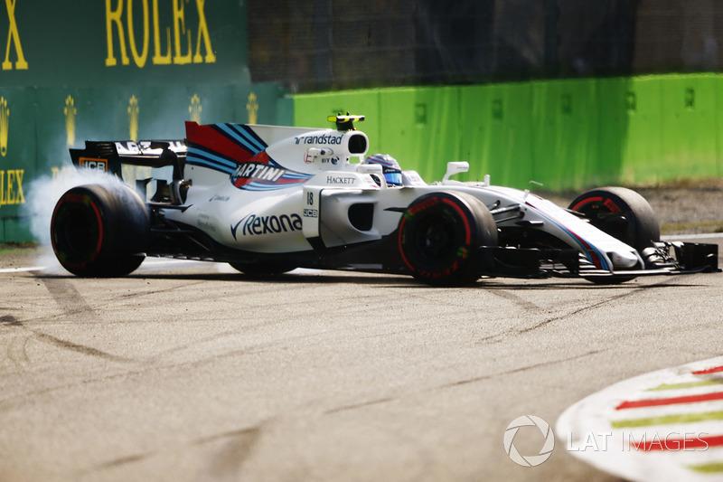 Ленс Стролл, Williams FW40, виліт