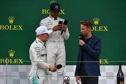 Валттері Боттас, Дженсон Баттон, Льюіс Хемілтон, Mercedes AMG F1 on the podium