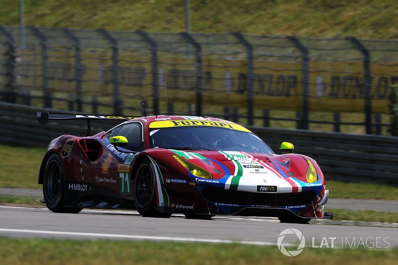 #71 AF Corse Ferrari 488 GTE: Давіде Рігон, Тоні Віландер