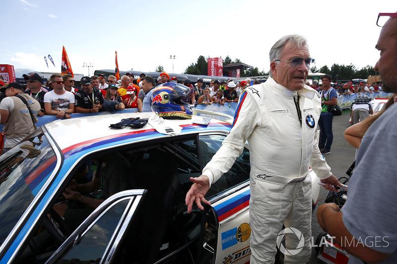 El piloto de BMW Dieter Quester