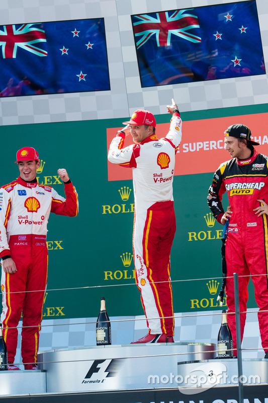 Scott McLaughlin, Team Penske, Ford; Fabian Coulthard, Team Penske, Ford; Chaz Mostert, Rod Nash Rac