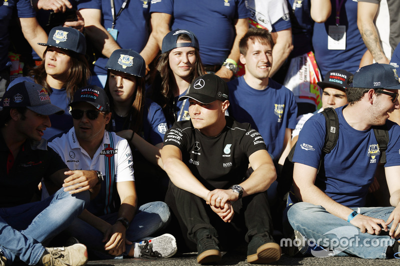 Carlos Sainz Jr., Scuderia Toro Rosso, Felipe Massa, Williams, Valtteri Bottas, Mercedes AMG F1, at