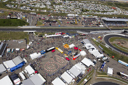 De paddock van Circuit Zandvoort vanuit de lucht