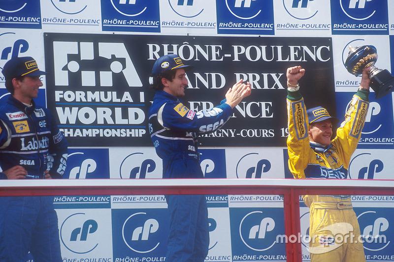 Podium : le vainqueur Alain Prost, Williams, le 2e Damon Hill, Williams, le 3e Michael Schumacher, Benetton