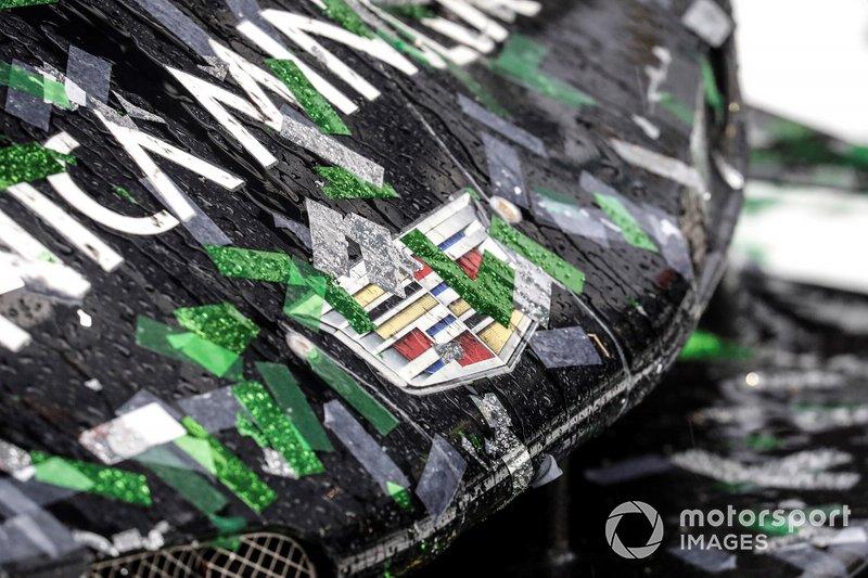 #10 Wayne Taylor Racing Cadillac DPi: Renger Van Der Zande, Jordan Taylor, Fernando Alonso, Kamui Kobayashi, sul podio