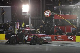 Cory Roper, Roper Racing, Ford F-150 Preferred Industrial Contractors Inc. makes a pit stop