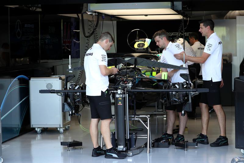 Mecánicos de Mercedes