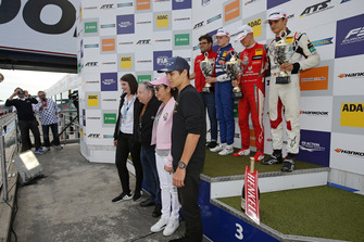 Podium: Jean Todt, FIA preseident with his wife, Lando Norris, Race winner Mick Schumacher, PREMA Theodore Racing Dallara F317 - Mercedes-Benz, second place Robert Shwartzman, PREMA Theodore Racing Dallara F317 - Mercedes-Benz, third place Alex Palou, Hitech Bullfrog GP Dallara F317 - Mercedes-Benz
